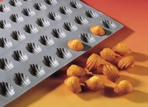 140x101 - Elastomoule mini madeleines DE BUYER